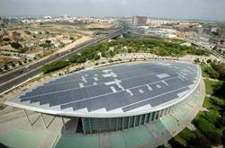 La cubierta del Palacio de Congresos de Valencia genera más de 340.000 kwh
