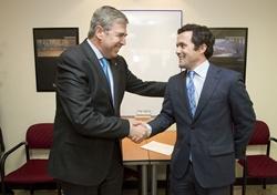 DonQi Iberia instala el primer aerogenerador urbano en España