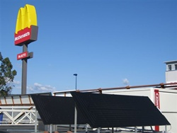 McDonald's instala en sus restaurantes paneles solares termodinámicos