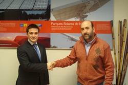 Convenio entre parques solares de navarra y cenífer para formar futuros profesionales