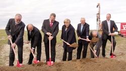 IBC SOLAR junto a Angela Merkel da el pistoletazo de salida al mayor parque solar en Pomerania Occidental (Alemania)