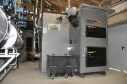 El pasado agosto se instaló en Las Pedroñeras una caldera Froling Turbomat de 320 kW para calefactar el ayuntamiento, la iglesia y el centro social del municipio.