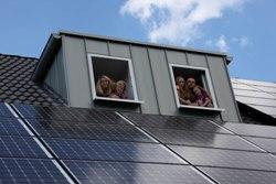 SCHOTT Solar presenta sus nuevos     módulos fotovoltaicos en GENERA 2012
