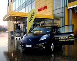 Hertz y Nissan lanzan el vehículo eléctrico en Milán, Italia